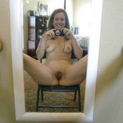 The best MILF naked pussy selfie