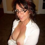 Hot mom glasses have beautiful breasts
