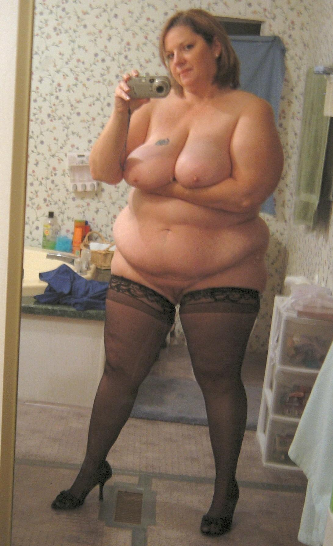 Chubby wife just adorable and smoking hot! BBW wife loves to pose and show off her massive tits!