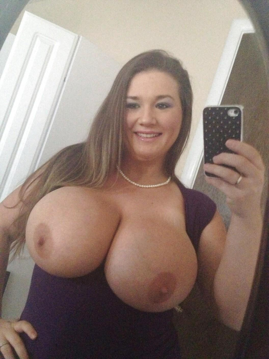 Naked young milf