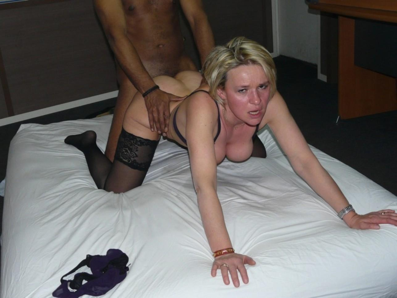 Wild MILF getting hard fucked in her tight cunt. Hot blonde women gets her shaved pussy doggy style fucked