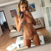 Gorgeous Cougar takes nude self shot